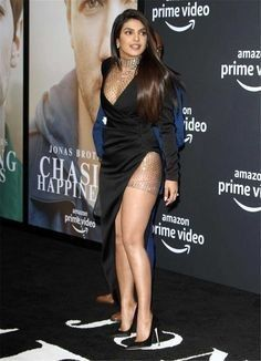 Priyanka Chopra – Chasing Happiness Premiere in Los Angeles Indian Bollywood Actress, Bollywood Girls, Beautiful Bollywood Actress, Most Beautiful Indian Actress, Bollywood Masala, Priyanka Chopra Images, Actress Priyanka Chopra, Priyanka Chopra Hot, Indian Celebrities