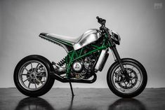 Urban Assault Machine: A custom KTM Duke 690 from Fuller Moto Ktm Motorcycles, Custom Motorcycles, Scrambler Motorcycle, Ducati Monster S2r, Ktm 690, Bike Builder, Ktm Duke, Buy Bike, Bicycle Maintenance