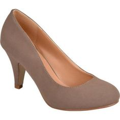 Brinley Co. Women's Round Toe Solid Color Pumps, Size: 8, Beige