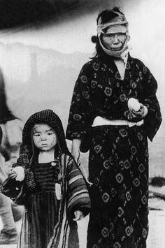 Nagasaki bombing - A look back: 70th anniversary of the atomic bombing Hiroshima and Nagasaki - Pictures - CBS News