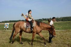 Mountain archery youth training Mounted Archery, Horse Riding, Beautiful Horses, Martial Arts, Places To See, Youth, Mountain, Training