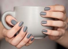 For matte nails add