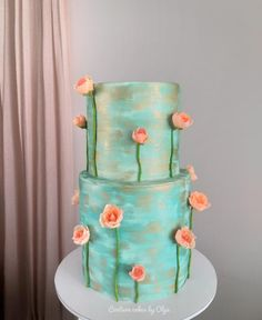 Garden roses for her by Couture cakes by Olga Pretty Cakes, Beautiful Cakes, Amazing Cakes, Roses For Her, Green Cake, Sweet 16 Cakes, Couture Cakes, Cake Decorating Tutorials, Decorating Ideas