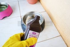 18 Smart Ways To Use Hydrogen Peroxide – Springtime Cottage - Natural Home Cleaning Home Cleaning Remedies, Diy Home Cleaning, Deep Cleaning Tips, Household Cleaning Tips, House Cleaning Tips, Natural Cleaning Products, Cleaning Solutions, Cleaning Hacks, Cleaning Wipes