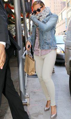 Beyonce street style | Beyonce's street shooting style. . .