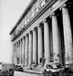 National Post Office, 1946 #Philippines #Manila #vintage Filipino Architecture, Philippine Architecture, Philippines Culture, Manila Philippines, Mahal Kita, Philippine Holidays, Filipino Culture, Visayas, Asia