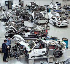 Porsche they're coming! Porsche Motorsport, Porsche 918, Nascar, Auto Volkswagen, Porsche Factory, Ferdinand Porsche, Classic Motors, Porsche Classic, Automotive Design