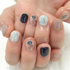 Nail art Christmas - the festive spirit on the nails. Over 70 creative ideas and tutorials - My Nails Trendy Nails, Cute Nails, Nail Art Designs, Nails Design, Popular Nail Art, Round Nails, Beautiful Nail Designs, Nagel Gel, Glitter Nail Art