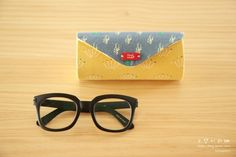 Cute Case for glasses cylinder. Photo and Pattern