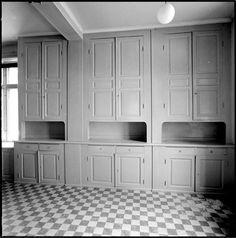 Old Kitchen, Rustic Kitchen, Vintage Kitchen, Cottage Kitchens, Home Kitchens, Diy Kitchen Decor, Kitchen Design, Kitchen Interior, Interior Design Living Room