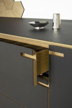 Modern Kitchen Design Ribegade kitchen - Really like the darker wood pocking through the front Modern Kitchen Interiors, Modern Kitchen Design, Interior Design Kitchen, Modern Design, Küchen Design, Home Design, Design Ideas, New Kitchen, Kitchen Decor