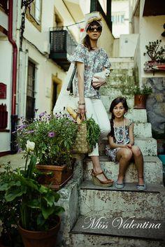 Madres e hijas vestidas por Miss Valentina