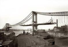 1909 Manhattan Bridge construction from Brooklyn