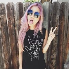 shirt indie grunge clothes t-shirt blackshirt hipster black black shirt hand peace peace sign