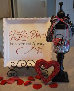 Cher's Signs by Design: Valentine's Stuff ((No instructions, but looks easy enough to DIY. S.))