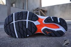 Shoe Review: Mizuno Wave Rider 20 | runningpinoy