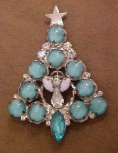 Attruia Rhinestone Christmas Tree Pin | eBay