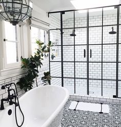Ideal black and white bath