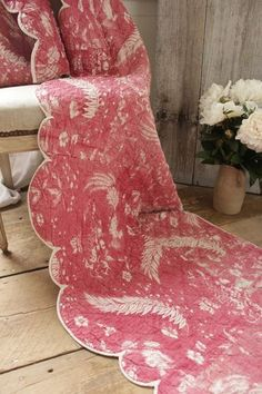 Antique French toile de Alsace valance textile / pelmet ~ ideal for classic French country or period interior ~ www.textiletrunk.com