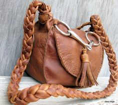 Saddle Bag with Horse Bit and Tassel Purse in Rustic Chestnut Brown Cowhide Leather by Stacy Leigh Ready to Ship Saddle Handbags, Saddle Bags, Leather Bags, Leather Purses, Leather Handbags, Horse Fabric, Equestrian Chic, Tassel Purse, Horse Bits