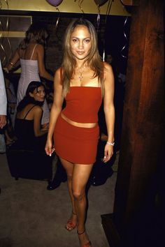 jennifer lopez style celebrity party outfits: Jennifer Lopez in red co-ords for her birthday party Fashion 90s, Early 2000s Fashion, Look Fashion, Girl Fashion, Fashion Outfits, Cheap Fashion, Party Fashion, Couture Fashion, Runway Fashion