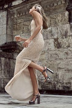Corpo Sexy, Ideias Fashion, Strapless Dress, Dresses, Classic Style, Neckline, Templates, Culture, Strapless Gown
