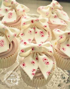 Cute pink floral bow cupcakes | by Cotton and Crumbs