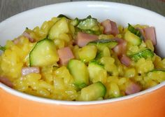 Zucchini / Ham and WW Curry Risotto - Food - Salad Recipes Healthy Easy Salads, Healthy Salad Recipes, Ww Recipes, Lunch Recipes, Healthy Dinner Recipes, Plats Weight Watchers, Weight Watchers Meals, Best Curry, Risotto
