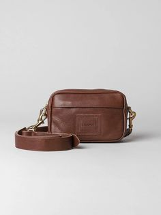 A camera bag in clean modern design. Made from high-quality leather. Carry On, Jade, Classic, Leather, Collection, Hand Luggage, Classical Music
