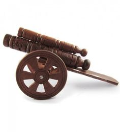 Fancy Vintage Gun Shaped Wooden Pen Stand Showpieces CU-3050