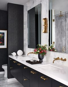Midtown family home proves condo living can be chic, practical, and fun Sleek Black Bathroom Tile Bathroom Mirrors 2019 Bathroom Spa, Family Bathroom, Bathroom Renos, Master Bathroom, Bathroom Mirrors, Washroom, Bathroom Renovations, Bathroom Faucets, Bathroom Ideas