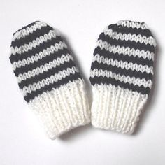Ravelry: Baby mittens, newborn size pattern by Anke Klempner