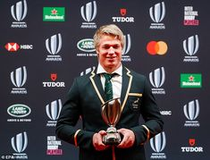 South Africa flanker Pieter-Steph du Toit crowned World Rugby player of the year Emily Scarratt, Rugby Championship, Coach Of The Year, England International, Rugby World Cup, Rugby Players, South Africa, Coaching, Two By Two