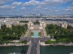 View from the Eiffel Tower | Jardins du trocadero