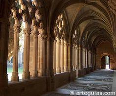 Edad Media, Claustro del Monasterio de La Oliva