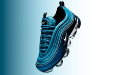 The Women's Nike Air VaporMax 97 Metallic Dark Sea Is Available Now         Ladies, theNike Air VaporMax 97 Metallic Dark was made just for you and is available now! This latest colorway of the hybrid model comes dr... http://drwong.live/sneakers/nike-air-vapormax-97-metallic-dark-available-now/ Nike Air Vapormax, New Nike Air, Exclusive Shoes, Basket Nike, Sneaker Bar, Running Shoes Nike, Nike Shoes, Nike Sportswear, Fashion Tips