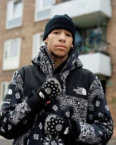 SUPREME X THE NORTH FACE® BANDANA MOUNTAIN PARKA