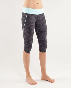 Lululemon Run Excel Crop in wee are from space/aquamarine. I want a pair! Workout Attire, Workout Wear, Athletic Outfits, Athletic Wear, Running Pants, Running Gear, Yoga Pants, Fitness Fashion, Fitness Wear