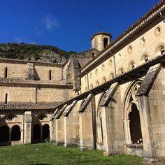 Una bonita foto del Monasterio de Iranzu. Así es #Navarra ¿Quieres saber más? --> http://www.turismo.navarra.es/esp/organice-viaje/recurso/Patrimonio/3151/Monasterio-de-Santa-Maria-de-Irantzu.htm (Foto @marieta.ramos en #Instagram)