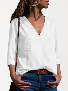 Blouse Col V, V Neck Blouse, Top Mode, Long Sleeve Tops, Short Sleeve Dresses, Clothes For Pregnant Women, Blouse Online, Shirts Online, White V Necks