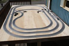 Lionel FasTrack O Gauge Layout 6 ft x 10 Ft | eBay