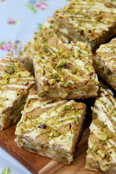 White Chocolate & Pistachio Blondies! ❤️ Easy, Scrumptious and Tasty Blondies – Perfect Delicious Traybake for Chocolate & Nut lovers!
