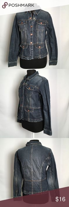 """Ladies Jean Jacket Super cute and stylish blue denim jacket Light distressed look  Ladies Large  2 Front breast snap pockets 5 snaps down the front  100% Cotton  Breast 19.5"""" / 39"""" around Shoulder to hem 21.5""""    EUC Non smoking environment No stains, snags or damage Thanks for Looking , Molly M 1243/W1 Old Navy Jackets & Coats Jean Jackets"""