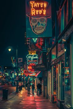 """Taken in Memphis Tennessee. Part of the """"Memphis Noir"""" photography series. Photo by Anthony Presley City Wallpaper, Anime Scenery Wallpaper, Dark Wallpaper, Galaxy Wallpaper, Sunrise Wallpaper, Cyberpunk City, Ville Cyberpunk, Urban Photography, Night Photography"""