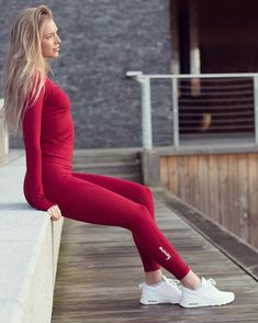 Vortex leggings - seamless tights from Famme - quality sportswear Gym Leggings, Sports Leggings, Tight Leggings, Leggings Are Not Pants, Strong Women, Fit Women, Women Wear, Fit Girls Guide, Seamless Leggings