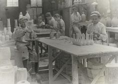Children work in the pottery, Gouda, 1913.