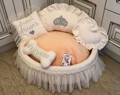 Blue princess bed with crown sparkles Designer pet bet Cat bed Luxury dog bed in blue and ivory Boy dog bed Puppy bed Personalized dog bed - Welpen Dog Beds For Small Dogs, Cool Dog Beds, Puppy Beds, Pet Beds, Bed Size Charts, Pink Dog Beds, Princess Dog Bed, Bed Measurements, Personalized Dog Beds