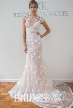 Sheer lace. Victoria Kyriakides Fall 2016.#saks #bride #vkk #love #fashion #stylish #wedding #gown #unique