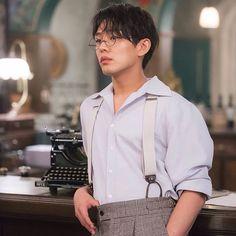 Yoo Ah In in Chicago typewriter: Korean Star, Korean Men, Korean Actors, Korean Dramas, Asian Actors, Lee Hyun Woo, Lee Jong Suk, Sungkyunkwan Scandal, Park Hyung
