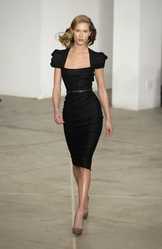 Out of season, but never out of fashion. Roland Mouret - Fall '05.